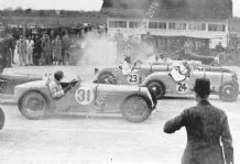 Delage 15 S 8   Earl Howe on start line Brooklands c.1931